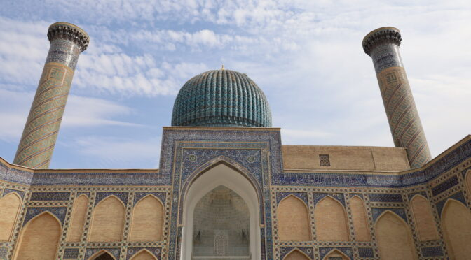 Cool mausoleums, new friends, coffee, and a mechanic in Samarkand on day 3